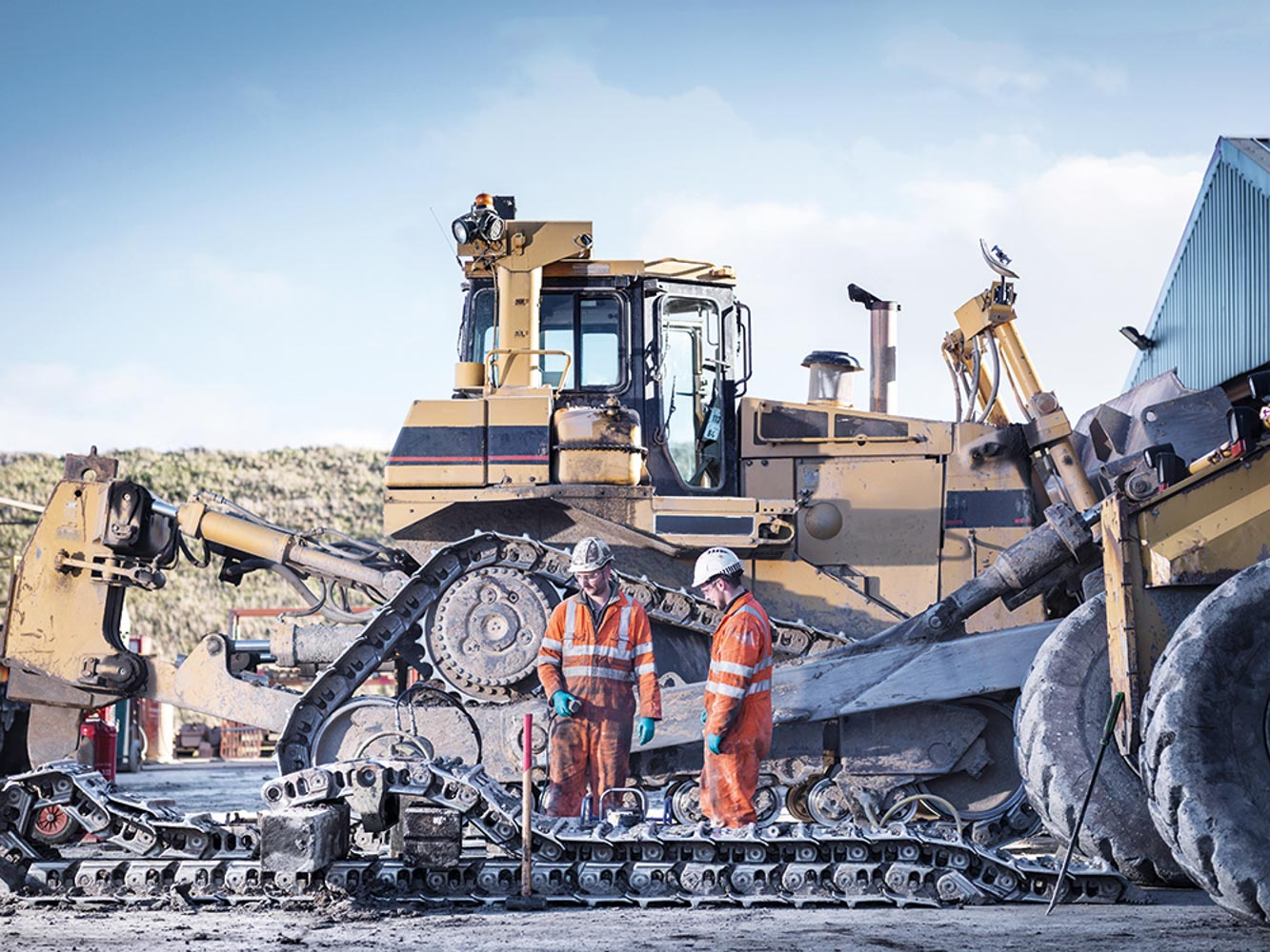 construction and mining machinery industry in The construction equipment, commonly known as heavy equipment are machinery having applications in excavation and mining, lifting and material handling, earthmoving, transportation and other areas.